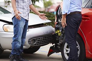 傷害保険とはどんな保険? 医療保険との違いは?